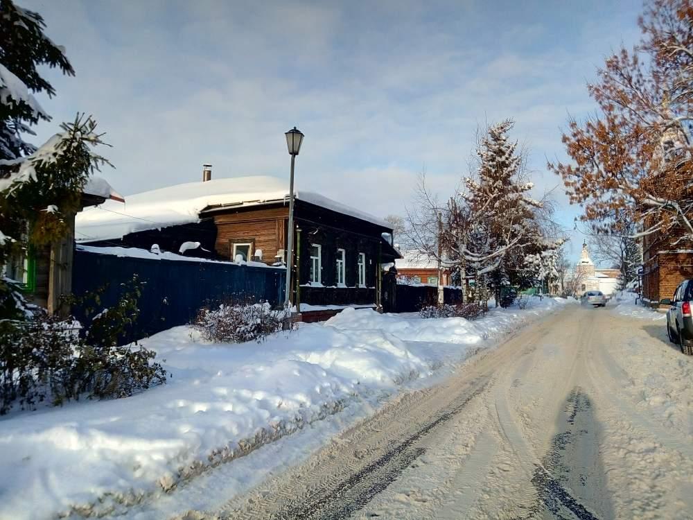 старая улица в Суздале